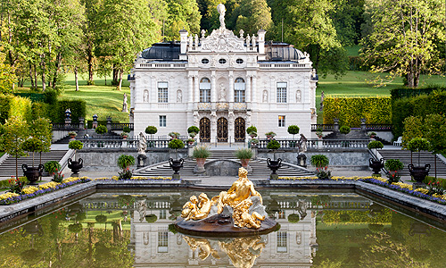 External link to Linderhof Palace
