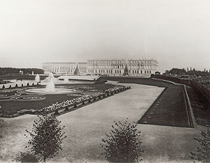 Historical photo of the palace, 1886