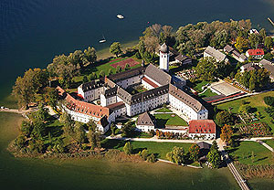 External link to Frauenchiemsee Monastery